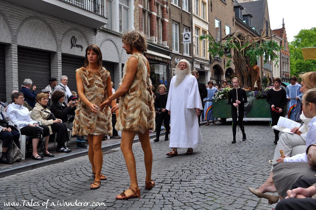 brujas-procesion-santa-sangre-08