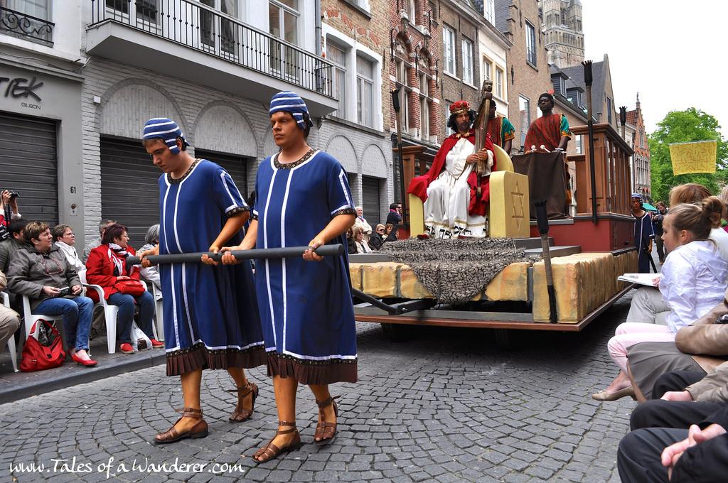brujas-procesion-santa-sangre-13