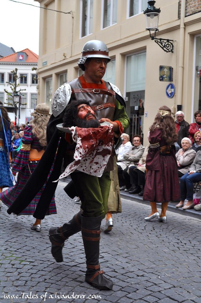 brujas-procesion-santa-sangre-20