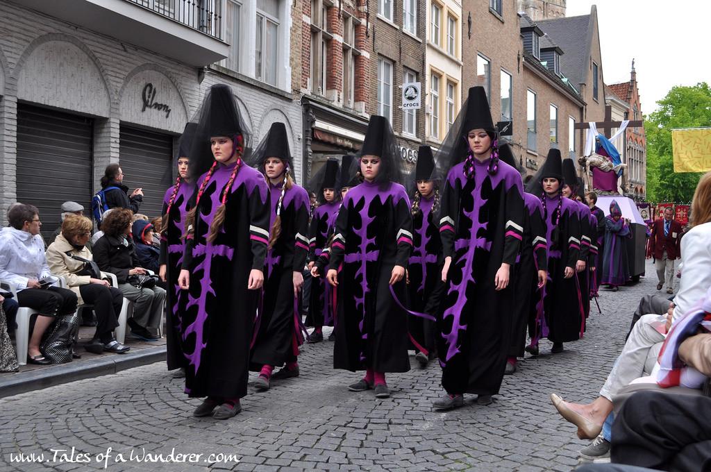 brujas-procesion-santa-sangre-30