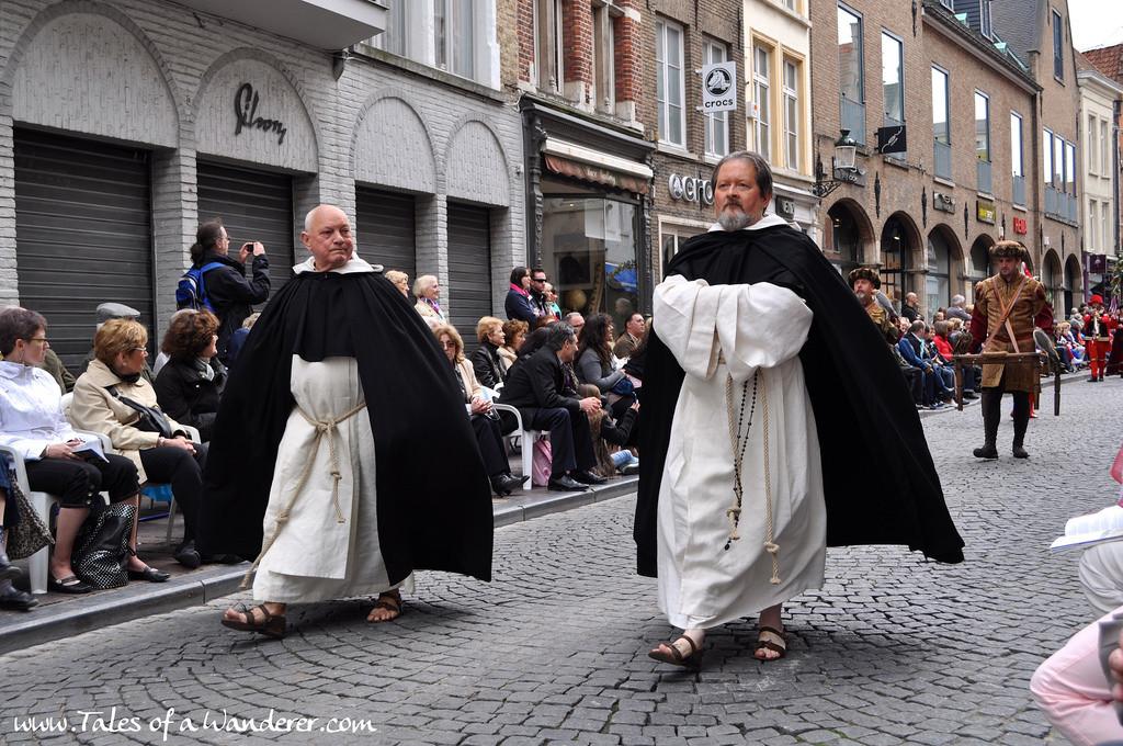 brujas-procesion-santa-sangre-41