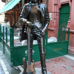 Dublín. Estatua de Phil Lynott cerca de Grafton Street