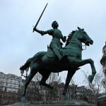 París. Estatua ecuestre de Juana de Arco, Place Saint-Augustin