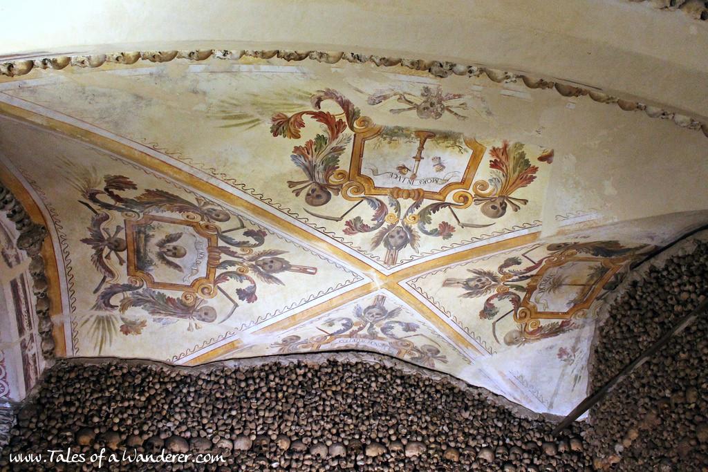 capela-dos-ossos-14