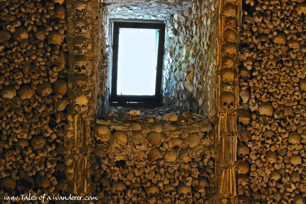 capela-dos-ossos-15