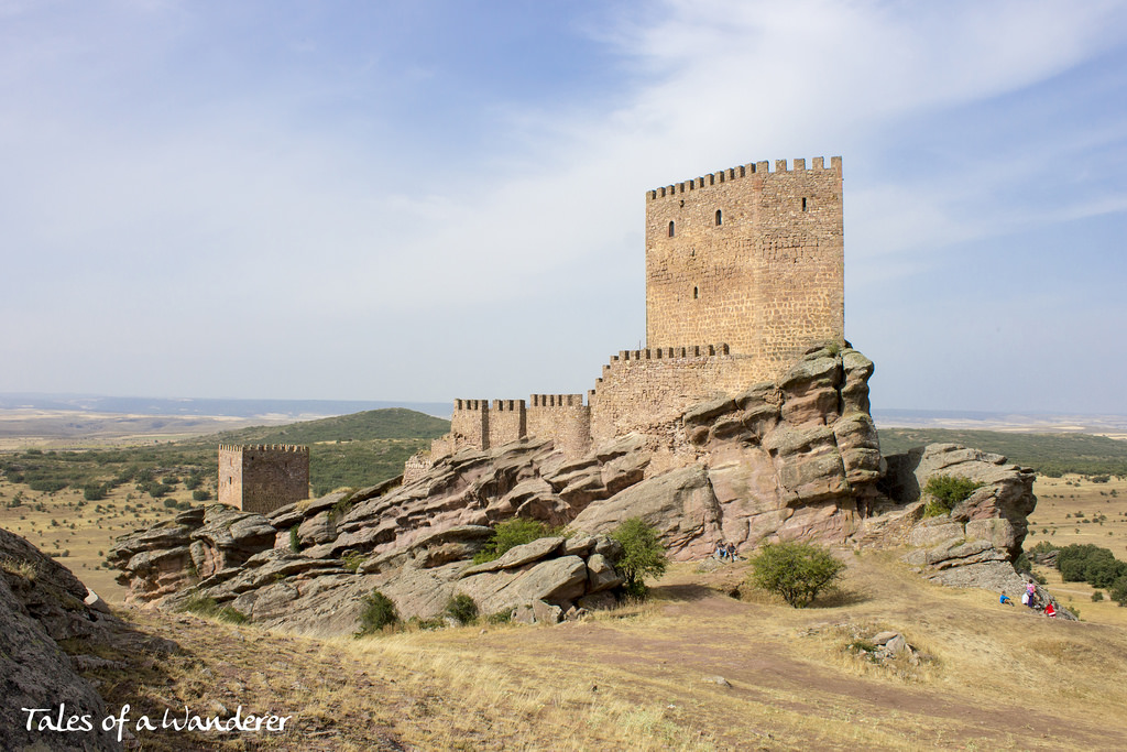 castillo-zafra00