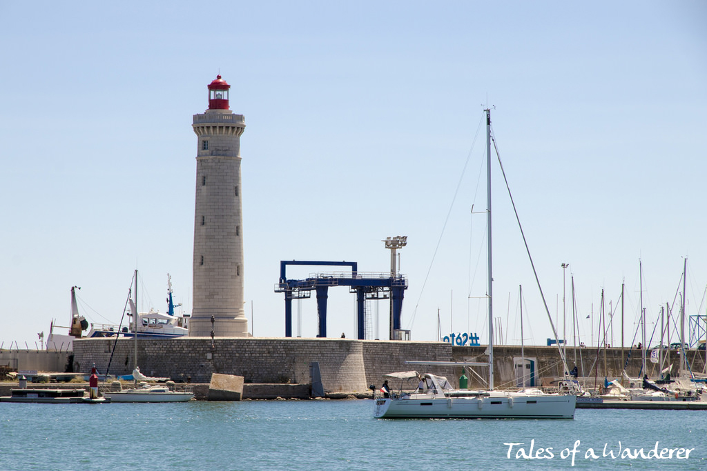 phare-du-mole-saint-louis-02